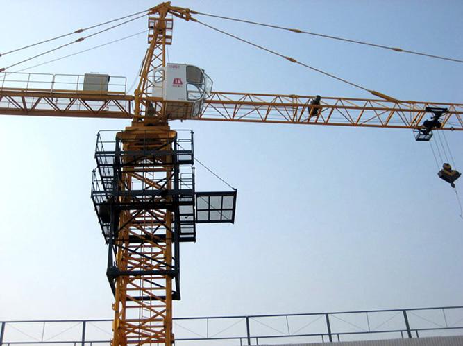 塔吊小车运行电路图